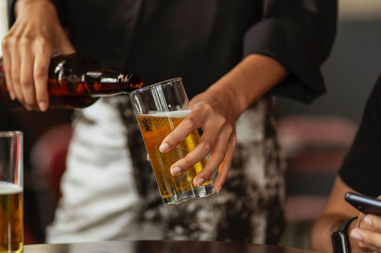 feature Essential Tips For Picking a Tasty Craft Beer Ask For Recommendations - Essential Tips For Picking a Tasty Craft Beer